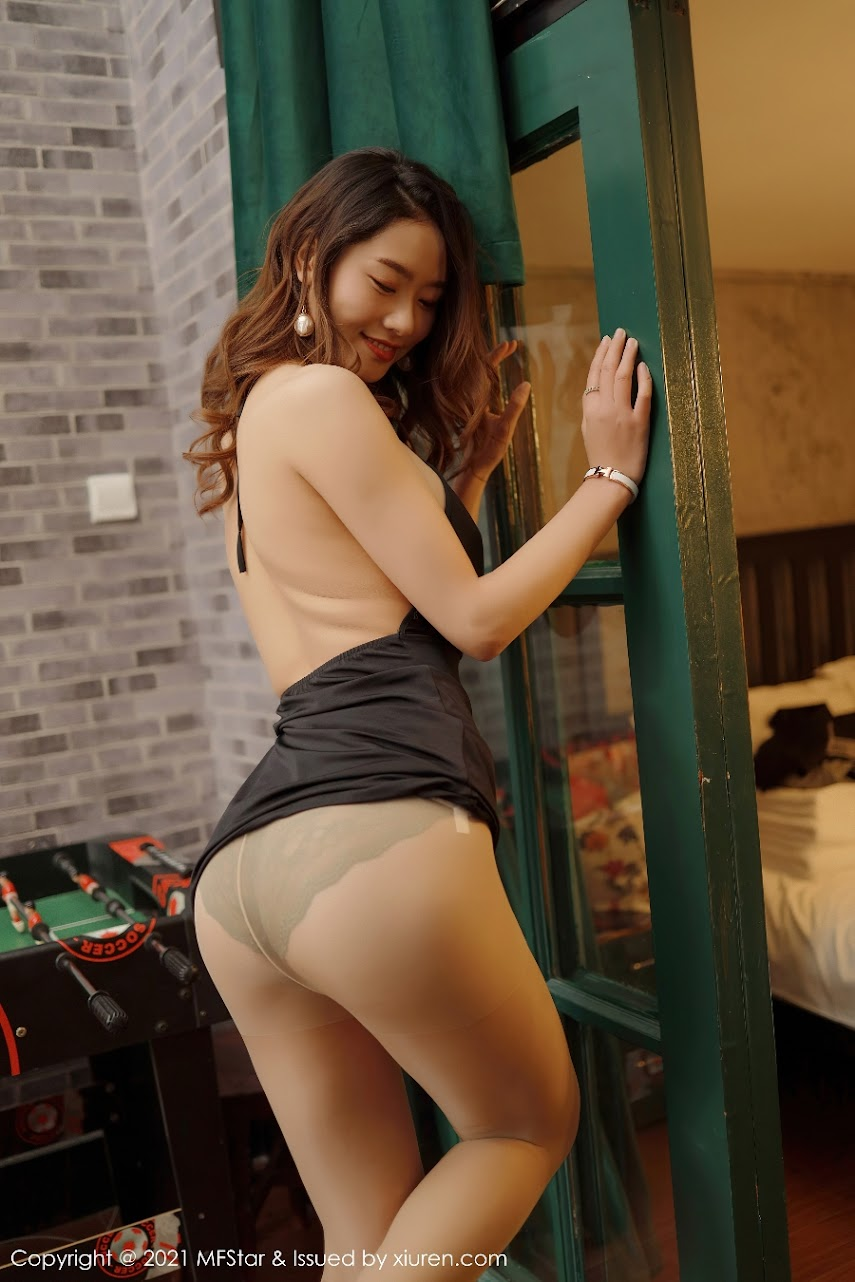 [MFStar] 2021-01-11 Vol.436 Fang Zixuan MF436[Y].rar.436_001_fy4_3600_5400.jpg